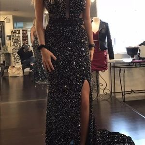 Tony bowls pageant/prom gown